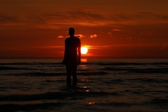 (wolfskin17) Tags: 80d canon beach sunset england merseyside crosby anotherplace anthonygormley