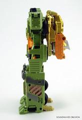 uwdolrailer2 (SoundwavesOblivion.com) Tags: baldigus car robots combatron valdigus カーロボット グリジバー コンバットロン シャトラー ダンガー ドルレイラー バルディガス ヘプター トランスフォーマー ユナイトウォリアーズ takara tomy mall exclusive lgex bruticus ruination rotor movar megaoctane mega octane rollbar armorhide armourhide transformers unite warriors combaticon destron decepticon giftset destronger