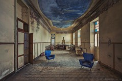 baldacchino di blu (in explore August 2018) (Knee Bee) Tags: albergo hotel blu blue abandoned decay degrado chairs urbex