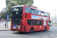 AL 2498 @ West Croydon bus station (ianjpoole) Tags: abellio london alexander dennis enviro 400mmc yy64tyw 2498 working route 109 taberner house croydon brixton station