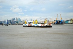 Ferries cross the Thames (zawtowers) Tags: jubilee greenway section 6 six saturday 8th september 2018 cloudy dry woolwichfoottunneltogreenwich amble stroll walking walk exploring london river thames path following urban exploration woolwichferry woolwich ferry delay one operational