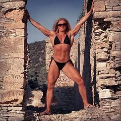 "Hard as ""Petra"" 2018 - Russian Bay Poros (Madam Mysteria) Tags: ruins stone power bikini muscle legs abs summer holidays greece poros russianbay strongwoman mysteria"