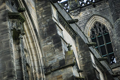 Paisley Abbey 2018-10 (henderson231280) Tags: paisley abbey cathedral church stone architecture old ancient religion gargoyle river scotland