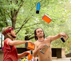 Juggling (vpickering) Tags: meridianhillpark jugglers juggling parks dc meridianhill juggler park