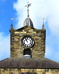 Town Hall Clock (Snapshooter46) Tags: alnwick northumberland townhall clock sandstone architecture grade1listed building weathervane slateroof