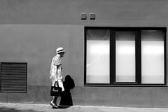 Under the round hat (pascalcolin1) Tags: paris13 femme woman old chapeau hat rond round fenetres windows lumières light photoderue streetview urbanarte noiretblanc blackandwhite photopascalcolin 50mm canon50mm canon vieille