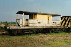 BV S DS56283 (stevenjeremy25) Tags: railway brake van train southern sr