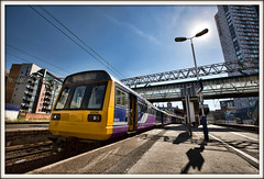 Northern Lights (david.hayes77) Tags: greatermanchester manchester manchesteroxfordroad 2018 noddingdonkey class142 2o74 142041 dmu pacer northern northernlights contrejour backlit