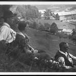 Archiv P945 Familienfoto Talblick, Oberbayern, 1920er thumbnail
