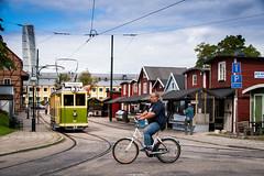 Cityview (explore 2018-09-06) (Maria Eklind) Tags: museilinje fiskeohoddorna skåne malmö slottsträdgården reflection spegling sweden outdoor malmöhus turningtorso cykel city skånelän sverige se