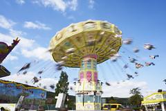 Auf dem Wurstmarkt (Manfred Hofmann) Tags: farbe orte brd kurpfalz projekte surreal flickr