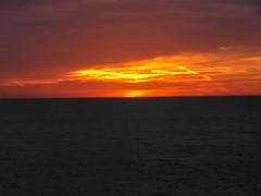 Sunrise Early morning walk (ray 96 blade) Tags: dawnatbroadstairs sunrise sea horizon clouds litup skies daybreak dawn earlywalk magicalmoments