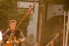 Joust to the Death, Week 6- Sunday (Pahz) Tags: joustgames fullplatejoust plumage squire shield horse encranche knight jouster jousting thejousters jousters armor helm joust lance sword swordfighting brf2018 pattysmithbrf bristolrenaissancefaire renfaire renfest renaissancefairephotographer nikond7200 tamron16300mm