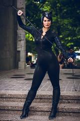 SP_81055 (Patcave) Tags: dragon con dragoncon 2018 dragoncon2018 cosplay cosplayer cosplayers costume costumers costumes catwoman selina kyle dc comics batman villainess slinky whip catonines black leather catsuit