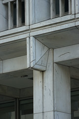 2018-08-FL-195125 (acme london) Tags: atlanta building facadedetail georgia lifeofgeorgia lifeofgeorgiabuilding marble marblecladding marblefacade office officebuilding shading shadingfacade stonecladding tower usa window