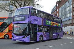 Reading Buses 715 YP67XCK (Will Swain) Tags: reading 21st april 2018 bus buses transport travel uk britain vehicle vehicles county country england english berkshire centre williamsdigitalcamerapics100 715 yp67xck