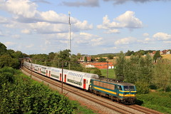 B2722--2018_08_31_114 Hennuyères (phi5104) Tags: trains treinen sncb nmbs hennuyères