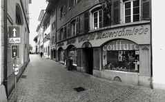 Zielempgasse Olten (Swissrock-II) Tags: bw blackwhite olten zielempgasse kantonsolothurn altstadt mobile samsung schweiz switzerland city