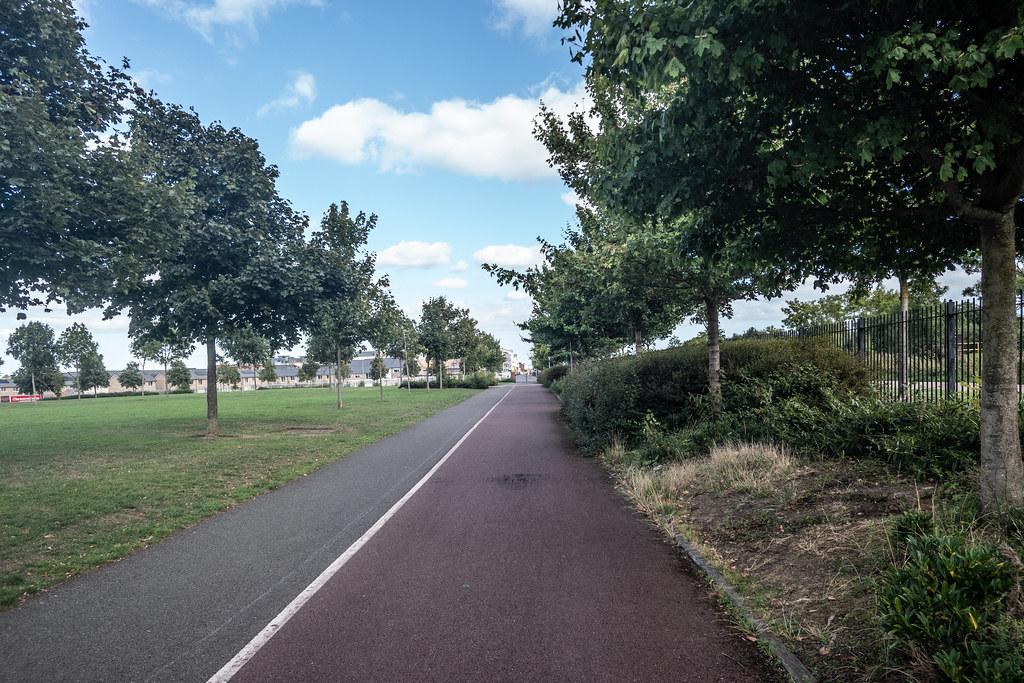 A WALK ALONG THE ROYAL CANAL [THE CRESCENT PARK AREA NEAR ASHTOWN]-143987