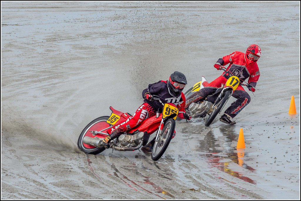 Sand racing at Vazon