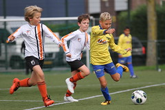 "HBC Voetbal • <a style=""font-size:0.8em;"" href=""http://www.flickr.com/photos/151401055@N04/29638025907/"" target=""_blank"">View on Flickr</a>"