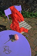 Purple, red and rose... (Tonton Gilles) Tags: honfleur normandie hdr red rose purple rouge violet fraise voile chaise table graphisme mise en scène