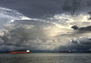 storm light over the columbia