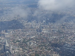 201807027 LX318 ZRH-LHR London (taigatrommelchen) Tags: 20180731 uk london cityoflondon cityofwestminster boroughofsouthwark clouds aerial view photo icon city skyline building river thames airplane inflight swr explore