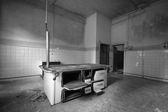 This is not a kitchen (nuuuvola) Tags: bn emptyspace abandoned contrast