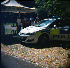 Police (Tiger Mendoza) Tags: oxford analoguephotography analogue analog filmphotography iso400 dianaf diana lomography 120film 120