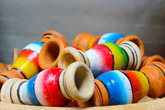 Cerâmica - Feira de São Joaquim (Gabrielassa92) Tags: salvador bahia brasil brazil feira cerâmica cores photo photograpy