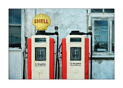 SHELL (Barry Haines) Tags: sony 85mm gm st saint mawes petrol pumps shell a7r2 a7rii