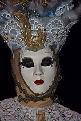 venetian masks portraits - 5 (fotomänni) Tags: masken masks venezianischerkarneval venezianisch venetiancarnival venetian venezianischemasken venetianmasks venezianischemesseludwigsburg portraits portrait portraitfotografie manfredweis