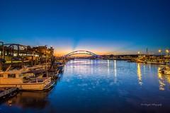 永安漁港 sunset at fishing port (Lin Honglin) Tags: 海 黃昏 夕照 夕陽餘暉 夕陽 漁港 台灣 永安漁港 fishingport sea color cloud tokina taiwan nikond500 sunrise sky sunset nikon