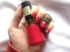 Cherries in the Snow (Revlon) + misturinha P&B (Daniela nailwear) Tags: cherriesinthesnow revlon vermelho cremoso glitter pb esmaltes esmalteimportado mãofeita