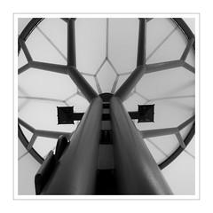 Split Airport III (Splitti68) Tags: europa europe kroatien split architektur architecture archtectur quadrat square rahmen schwarzweis sw blackwhite blackandwhite bw zeltdach splitti splitti68 splittstöser splittstoesser flughafen
