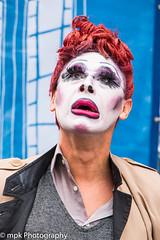 Edinburgh Festival Fringe 2018 - Martin Kent's Slipstick (Mick PK) Tags: martinkent edinburgh edinburghfestivalfringe2018 edinburghfringe fringe highstreet impersonator mime oldtown places royalmile scotland slipstick streetperformer streetphotography streettheatre uk