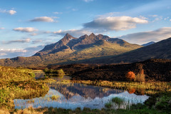 - After the fire - (verbildert) Tags: sligachan isle skye scotland pond reflections mountains burned land sunset