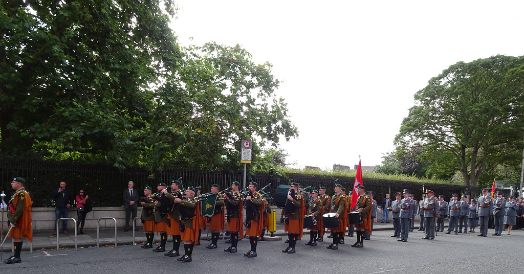 NATIONAL SERVICES DAY [PARADE STARTED OFF FROM NORTH PARNELL SQUARE]-143630