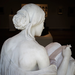 Light in the Dark (BenBuildsLego) Tags: national gallery art washington dc marble sculpture sculptor escultura skulptur statue book reading neoclassical classical rear behind back girl young italy america american