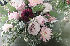 floral design (Melnee Benfield) Tags: flowers floral arrangement floraldesigner flowerart roses zinnia