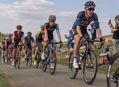 Jon Mould, Richard Handley, OVO Energy Tour of Britain (sho5572) Tags: madisongenesis jltcondor racing race uk 2018 september flickr nikon competition outdoors outdoor riders bike sport cyclerace warwickshire stage4 burtondassett ovoenergytourofbritain richardhandley jonmould