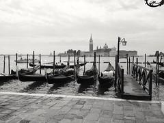 Gondole (marco.roncoroni.co) Tags: gondola mare acqua biancoenero barca bianco nero venezia smarco blue