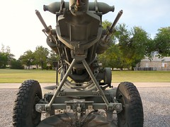 "M119 105mm Howitzer 5 • <a style=""font-size:0.8em;"" href=""http://www.flickr.com/photos/81723459@N04/42987005830/"" target=""_blank"">View on Flickr</a>"