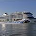 Cruiseschip AIDAPerla te Maassluis