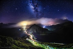 Galaxy  ~ Starry Sky~night-car-trail,Hehuan~合歡山 銀河雲瀑車軌 (Estrella Chuang 心星) Tags: galaxy starry sky nightcartrail cartrail 心星 合歡山 銀河 車軌 雲瀑 星空 夜景 estrella nightview clouds