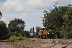 58911 (richiekennedy56) Tags: unionpacific sd70ace es44ac up8991 up2554 camden missouri raycountymo railphotos unitedstates usa