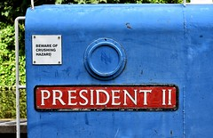 Safety Warning or Political Comment? (Mr_Pudd) Tags: barge huddersfieldnarrowcanal canalandrivertrust president2