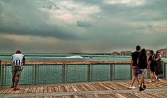 A very cloudy afternoon. (Aglez the city guy ☺) Tags: outdoors miamifl miamibeach sobe seashore people perspective southpointepark waterways walkingaround walking exploration urbanexploration colors cloudy afternoon