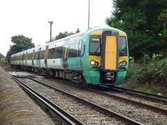 377449 at chichester (47604) Tags: class377 377449 emu southern chichester